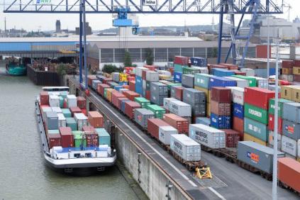 RRT Rhein- Ruhr Terminal Gesellschaft für Container- und Güterumschlag duisport