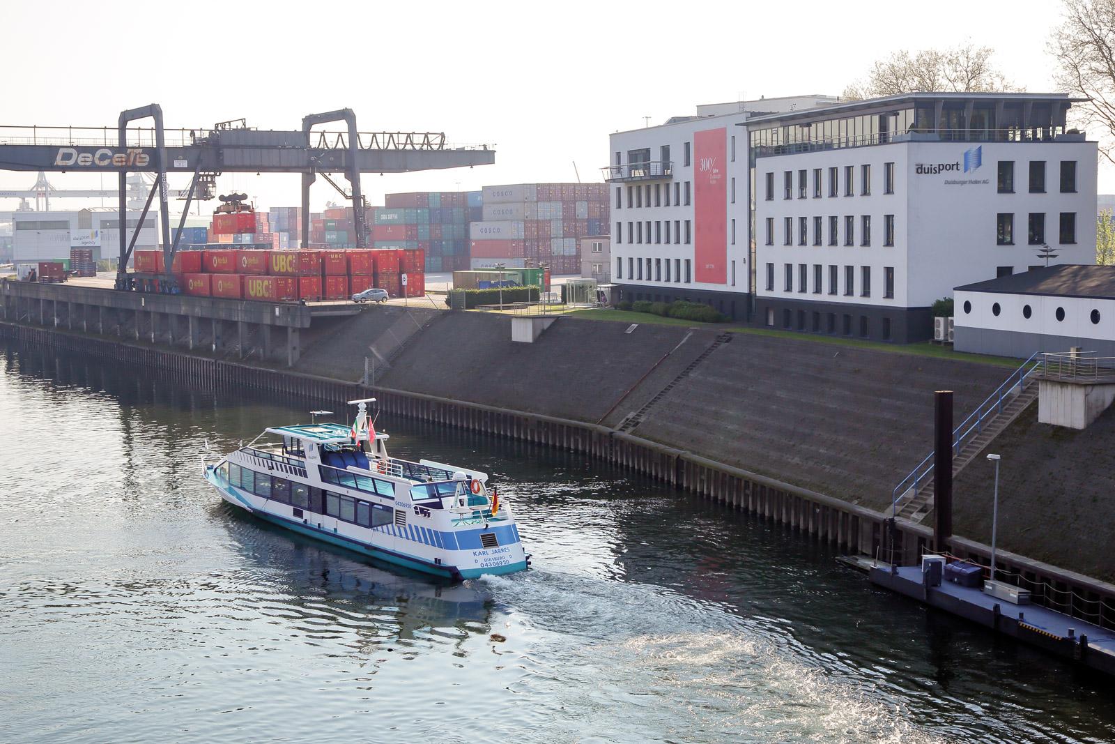 Karl Jarres Schiff Hafenrundfahrt