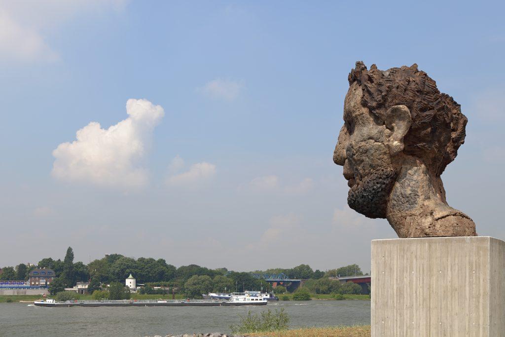 """Skulptur """"Das Echo des Poseidon"""""""