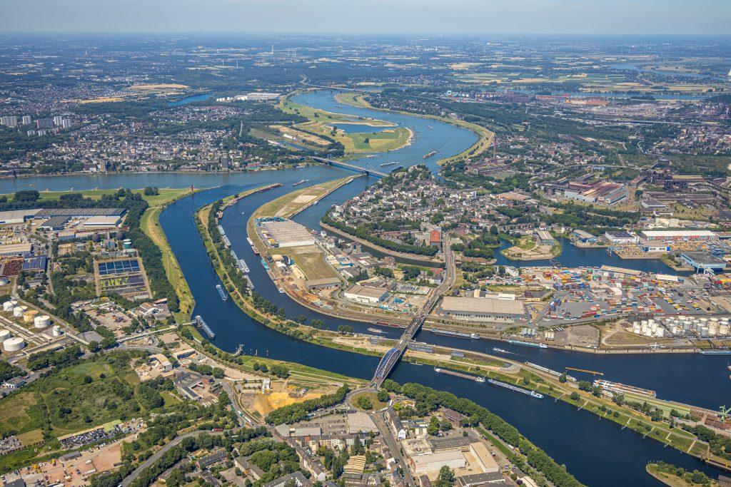 Der Duisburger Hafen 2020 (Ruhrort)